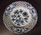 5-1-teller-meissen-um-1850-80-dessertteller-mit-flechtrand-zwiebelmuster.10