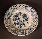 5-1-teller-meissen-um-1850-80-dessertteller-mit-flechtrand-zwiebelmuster.6