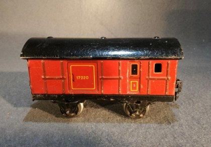 maerklin-gepaeckwagen-17220-spur-0-braun