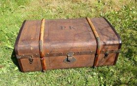 ueberseekoffer-reisekoffer-um-1880